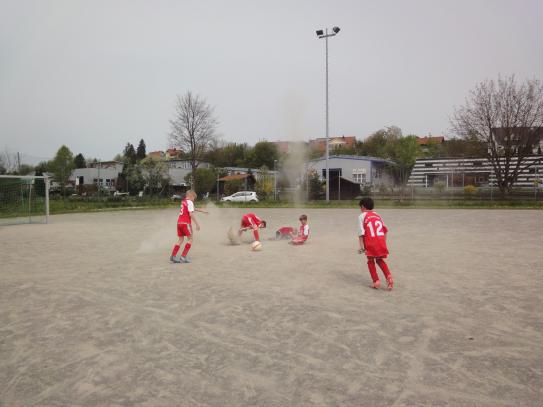 F-Jugendspieltag-in-der-Bichelweiher---Arena-am-25.04.2015