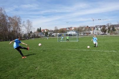 8 Tore für Königsblau (3)