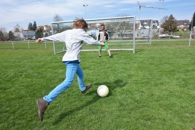 8 Tore für Königsblau (4)